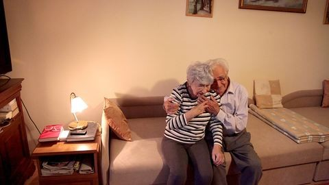 Élet egy idősek otthonában, boldogan