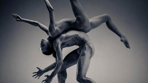 Ilyen, ha egy szobrász fotóz táncosokat – lélegzetelállító képek