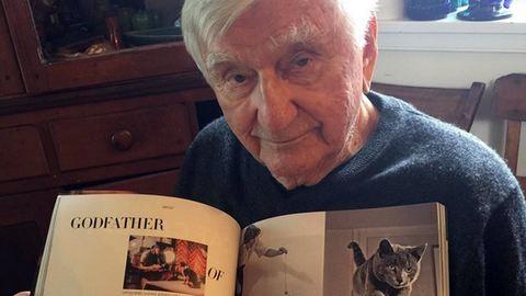 Ismerd meg az embert, aki 70 éve macskákat fotóz!