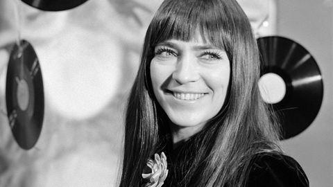 Akivel ő nem énekelt, az nincs is: 72 éves Kovács Kati