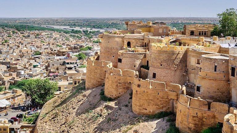 A világ legszebb fallal körbevett városait neked is látnod kell!