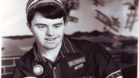 Már 30 éve a McDonald's dolgozója a Down-szindrómás férfi
