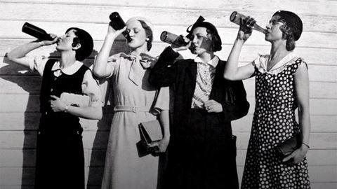 Megdöbbentő adat a nők alkoholfogyasztásáról