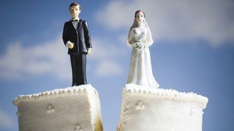 2 óra házasság után máris elvált a férj