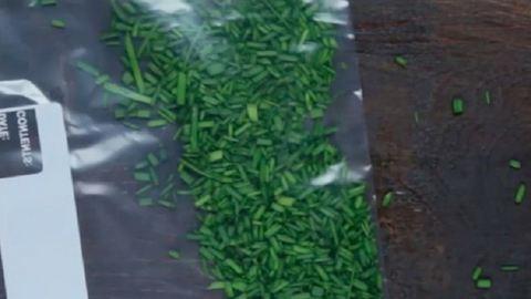 Így őrizd meg a maradék fűszernövényeket – szuper tippek