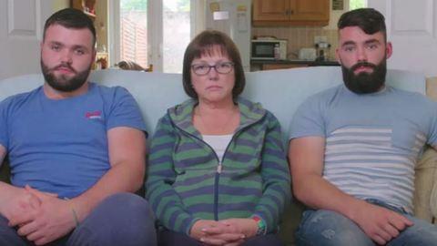 Szívszaggató videót készítettek beteg édesanyjuknak a testvérek