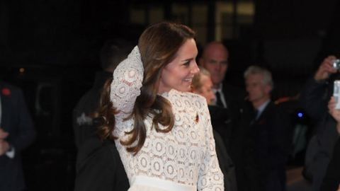 Szexi, mint mindig! Katalin hercegné megvillantotta hosszú lábait – fotó