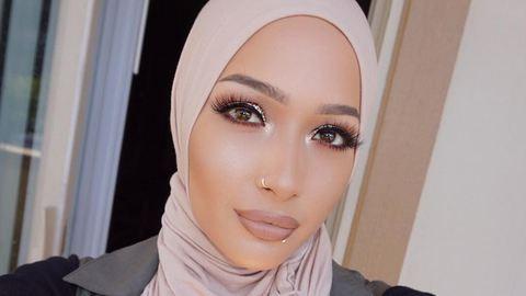 Muzulmán szépség lett a híres sminkmárka új reklámarca