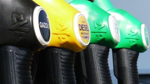 Drasztikusan leesnek az üzemanyagárak