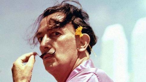 Apasági teszt vár Salvador Dalíra