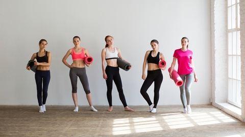 Sportos testalkatú vagy? – Ezeket a ruhákat hordd!
