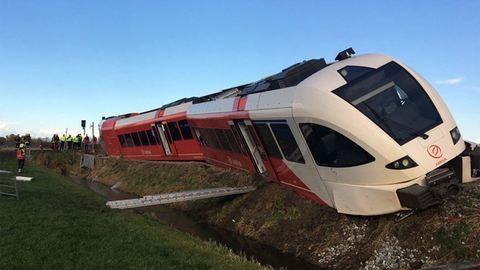 Durva vonatbaleset volt Hollandiában – fotó