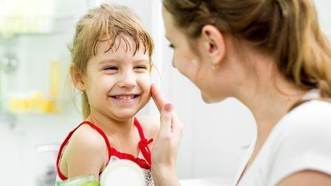 Állandóan vakarózik a gyerekem – így kezeld a bőrét
