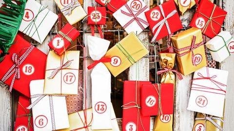 Parfümök és sminkcsodák – 10 adventi naptár nőknek
