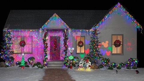 Ezért a karácsonyi díszvilágításért minden Disney-rajongó odalesz