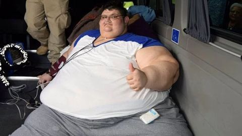 Autónál is nehezebb a világ legkövérebb embere