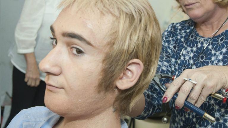 Így lett Zsoltikából Elton John – Hihetetlen átalakulások!