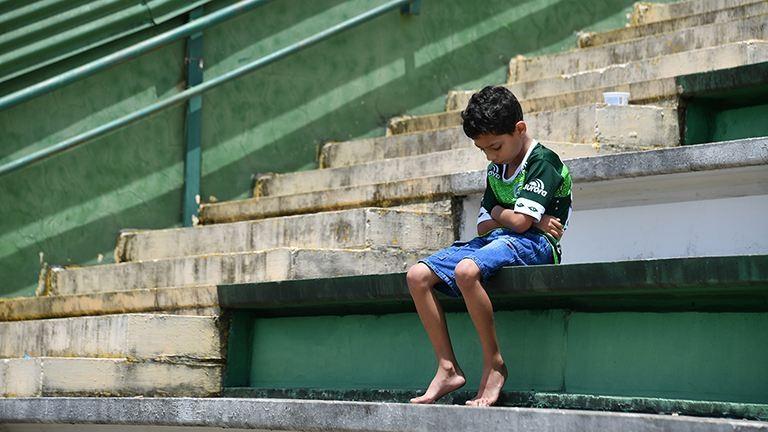 Így gyászolják a lezuhant gép brazil focistáit – megrendítő fotók