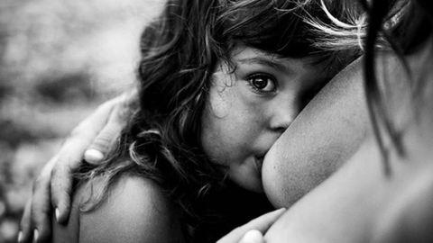 12 varázslatos pillanat szoptató édesanyákról