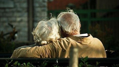 93 évesen a feleségemmel most vagyunk a legnagyobb szerelemben – Hetven éve tart a magyar házaspár szerelme