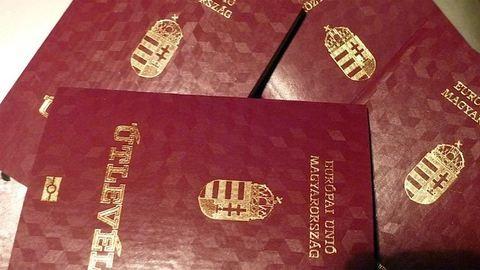 Jön az ingyen útlevél