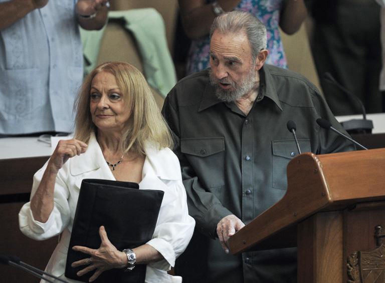Castro és felesége Dalia Soto del Valle (Fotó: AFP)