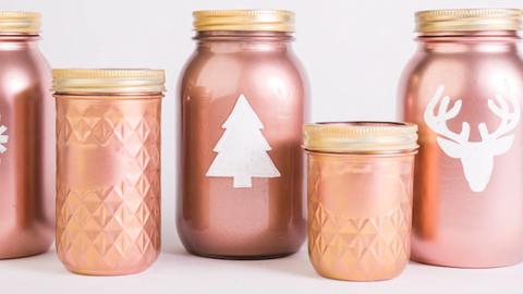 8 csodás mód, ahogy a rózsaszín aranyat becsempészheted a karácsonyi dekorációba