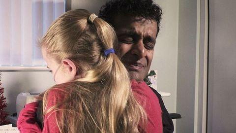 Sírva fakadt az orvos 10 éves betege köszönőlevelétől