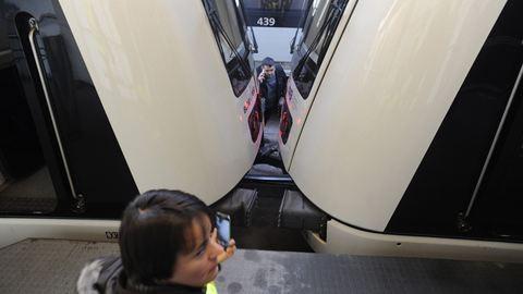 Összeütközött két metró Budapesten, többen megsérültek - fotó