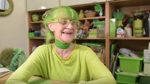 Húsz éve csak zöld ruhákat visel egy nő, elmondta miért