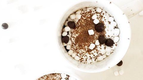 2 perces, lélekemelengető forró csokis süti a mikróból