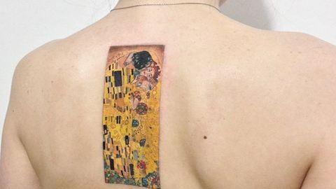 Ezek a mesteri, Gustav Klimt ihlette tetoválások valóságos remekművek
