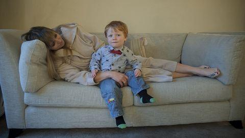 Megrázó képek mutatják be, milyen a szülés utáni depresszió