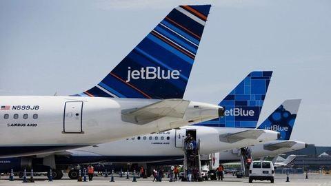 Csúnyán elkeverte a légitársaság a gyerekeket