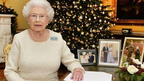 Karácsonyi díszben pompázik II. Erzsébet otthona – fotók