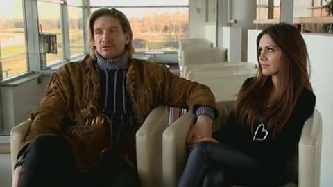 Furcsa helyre költözött Pintér Tibor és szerelme, Bea