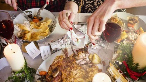 5 tipp, hogy megúszd az ünnepeket pluszkilók nélkül