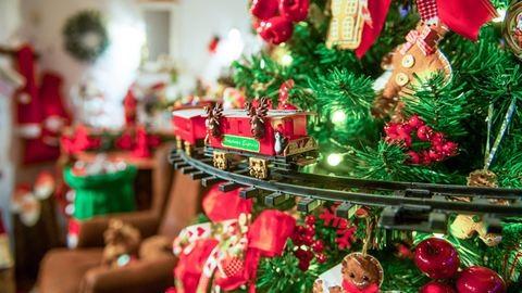 Ilyen lehet a Mikulás főhadiszállása – a gödöllői Karácsonyházban jártunk