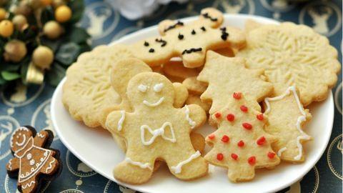 Karácsonyi kekszgyártás: cukiság minden mennyiségben