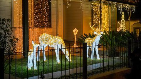Franklin Road, a hely, ahol a szomszédok sportot űznek a karácsonyi dekorációból