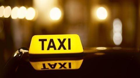 Rendkívül megható dolgot tesz ez a szegedi taxis