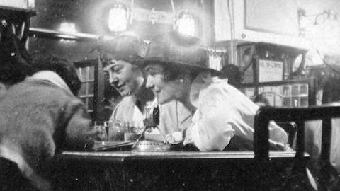 Ilyenek voltak a magyar lányok és asszonyok 1917-ben – galéria
