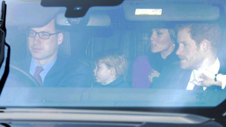 György herceg ellopta a show-t a királynő partiján – fotók