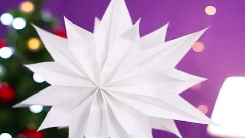 Így készíts káprázatos csillagdíszt papírzacskóból – videó