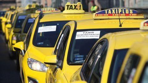 Így rendelhettek taxit szilveszterkor