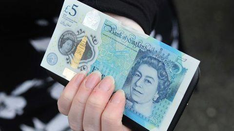 Egy ötfontost kapott karácsonyra – kiderült, hogy 50 ezer fontot ér