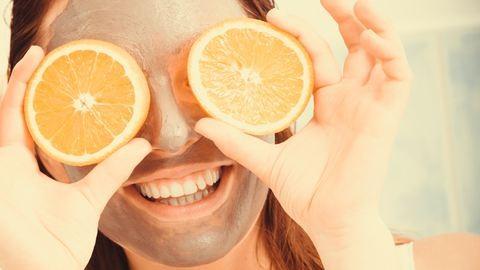 Ápoló arcpakolások, amelyekkel eltüntethetjük a decemberi dorbézolás nyomait
