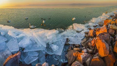 Elképesztő fotók: így néz ki a tündérmesébe illő, jeges Balaton