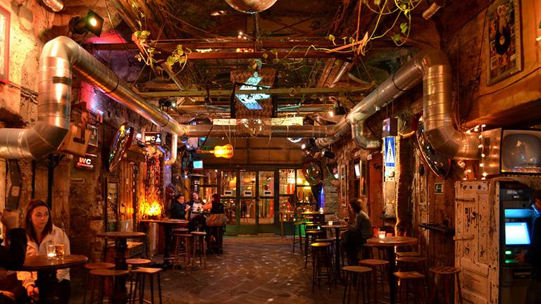 A Szimpla lett a világ legjobb bárja