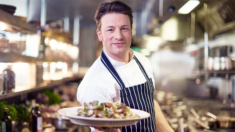 Éttermeket zár be Jamie Oliver a Brexit miatt
